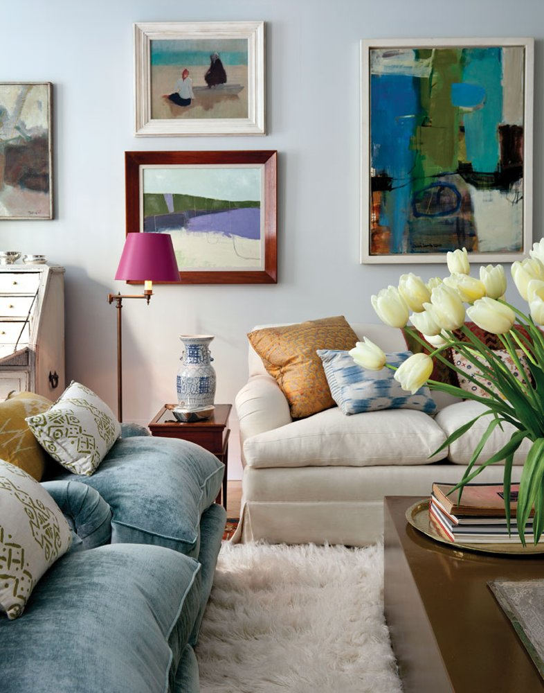 accessories - flower, pillows, fluffy rug