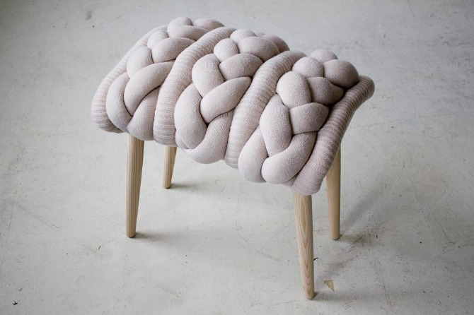 knitted stool 3