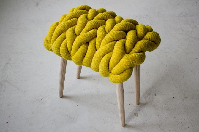 knitted stool 4