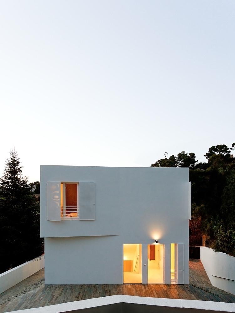 001-vallvidrera-house-ylab-arquitectos