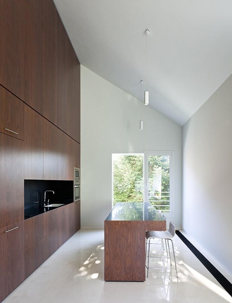 007-vallvidrera-house-ylab-arquitectos