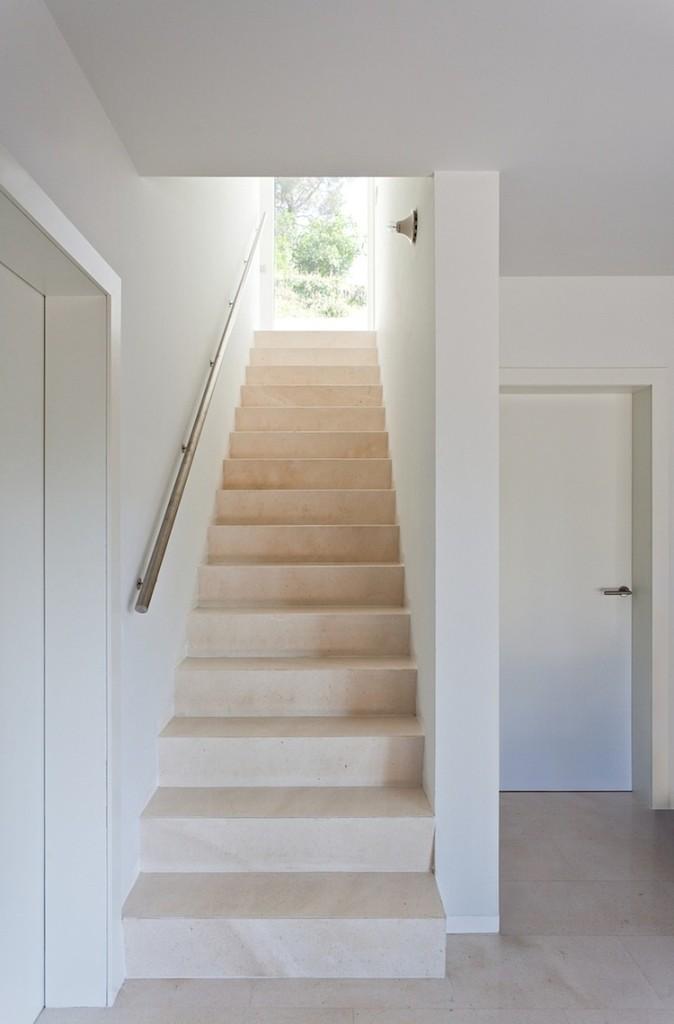 013-vallvidrera-house-ylab-arquitectos