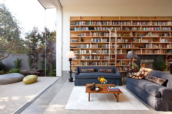 Bookshelves-In-A-Modern-Living-Room