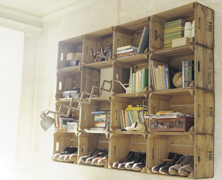 shelves from crates 1