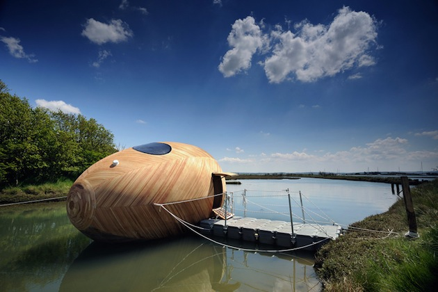 Floating-Wooden-Exbury-Egg-Shelter-2-feeldesain-