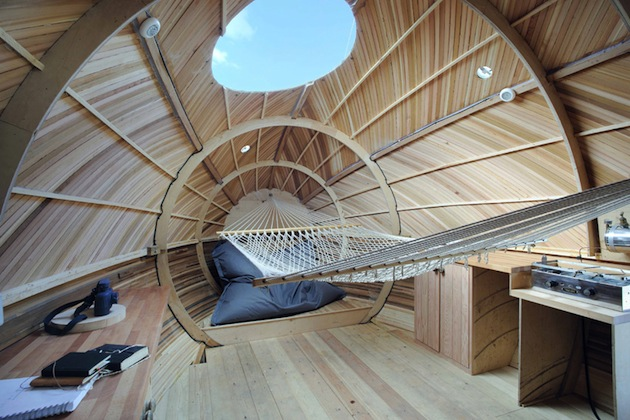Floating-Wooden-Exbury-Egg-Shelter-3-feeldesain-