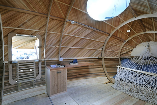 Floating-Wooden-Exbury-Egg-Shelter-4-feeldesain-