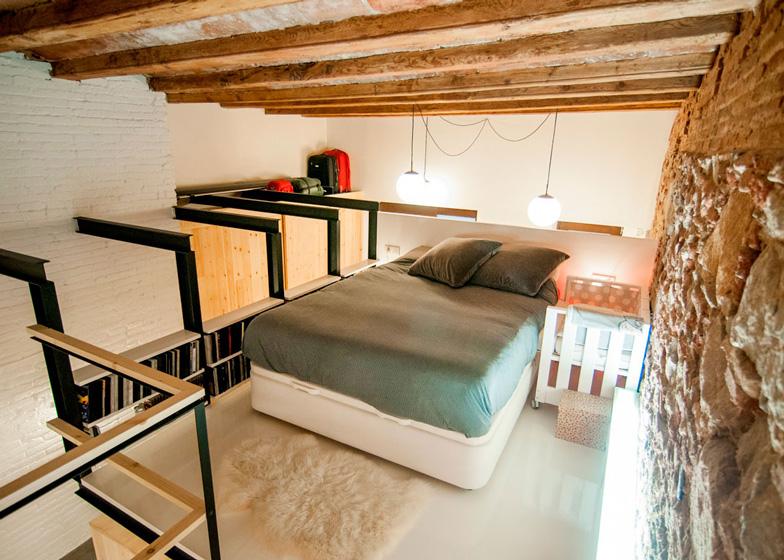 barcelona renovated apartment 6