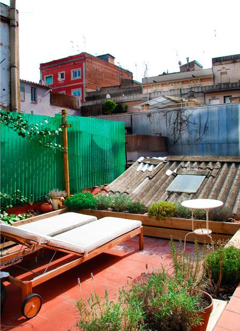 barcelona renovated apartment 9