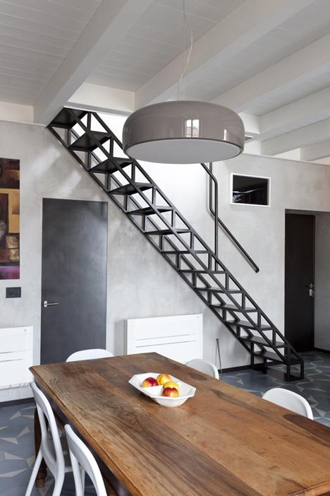 iron staircase milan