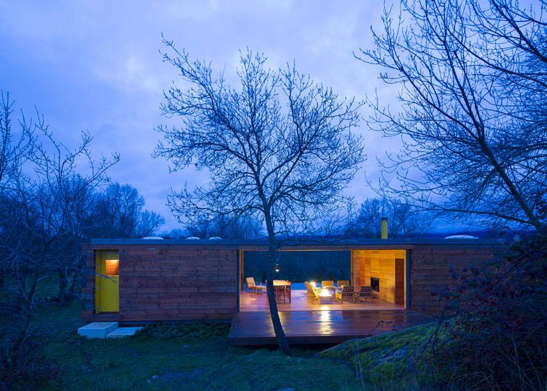 cottage modern spain 4