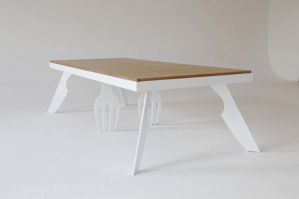 lets-eat-dining-table-front