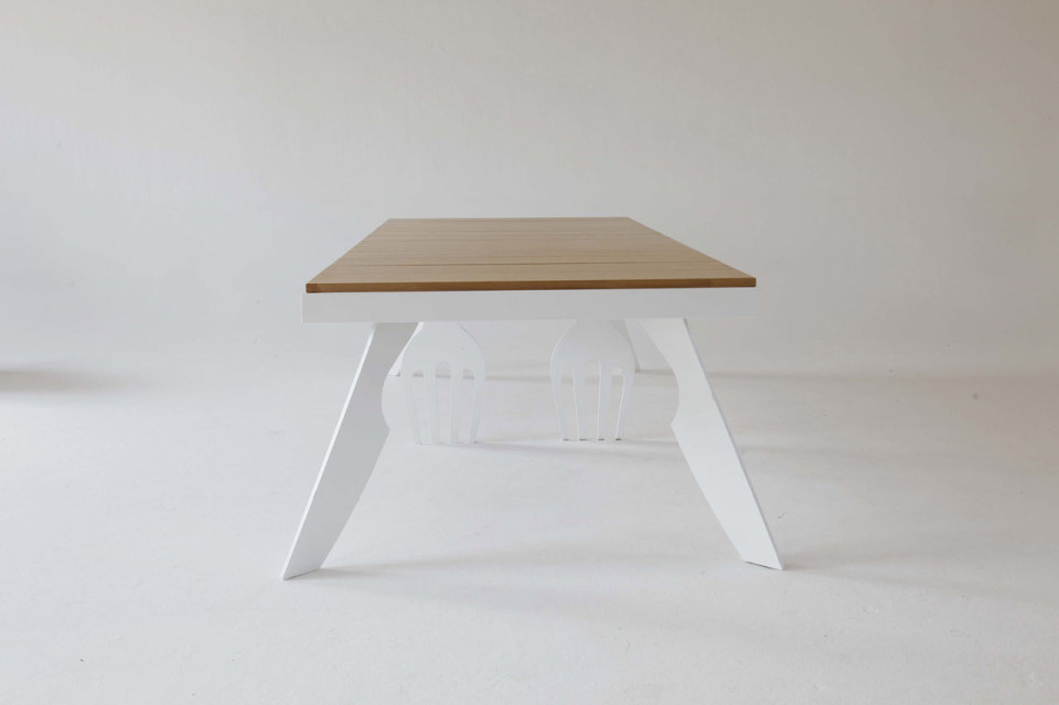 lets-eat-dining-table-side