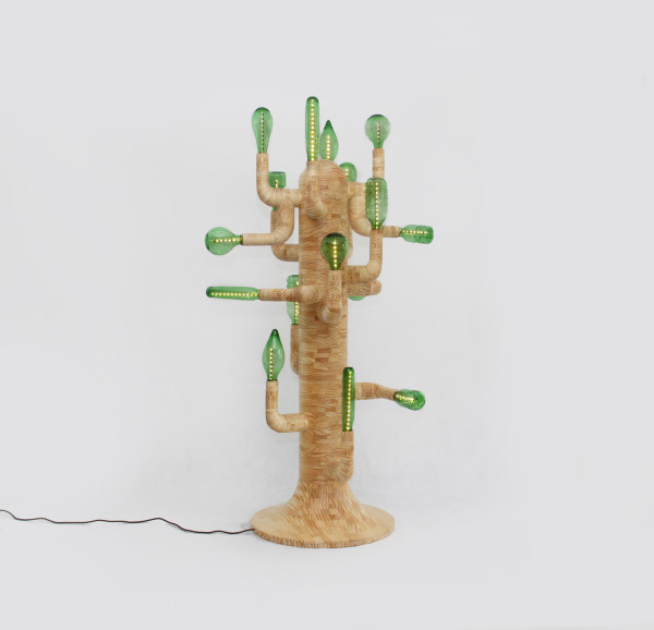 swine-studio-cactus-lamp-600x578