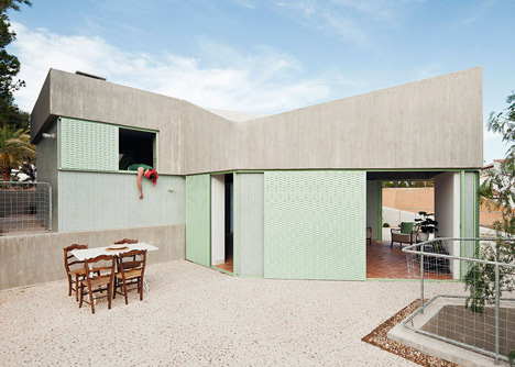 Concrete-house-by-Langarita-Navarro-photographed-as-a-crime-scene_dezeen_1