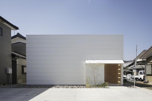 Light-Walls-House-10