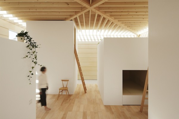 Light-Walls-House-6