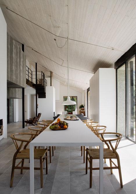 rustic spain house 9