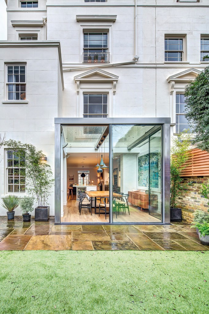 Elegant-house-in-London