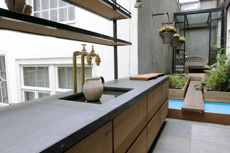 amsterdam terrace 1