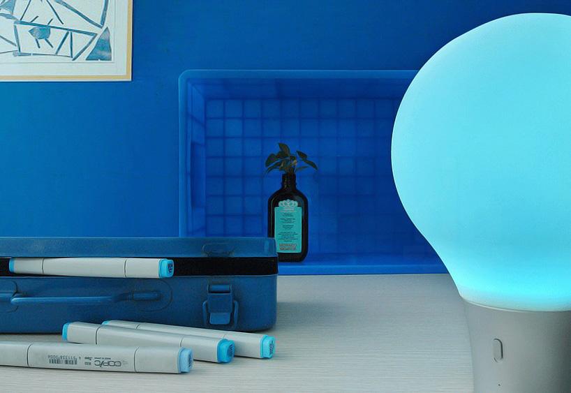 pega-d-and-e-colorup-lamp-designboom-02
