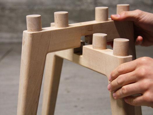 frida_stool 1