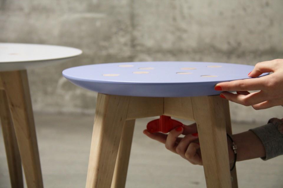 frida_stool 4