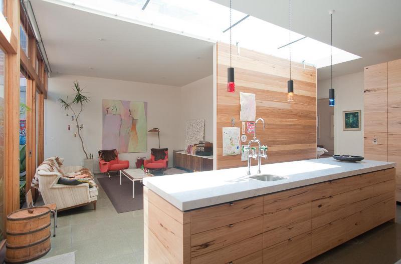 Melbourne villa 9