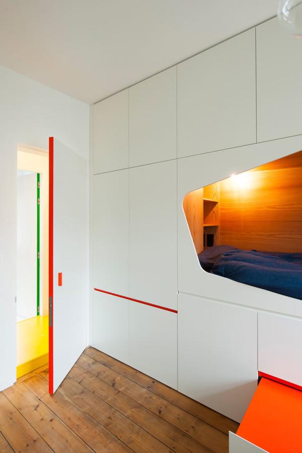Project-Alpine-Chalet-bedroom-van-staeyen-2-600x898
