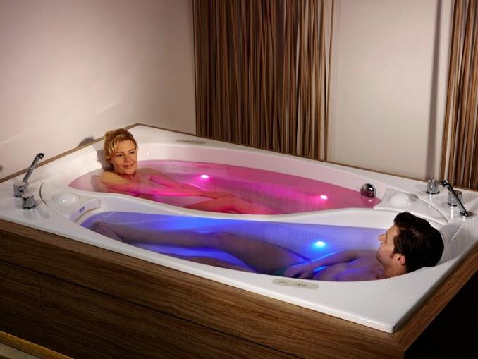 Bathtub double