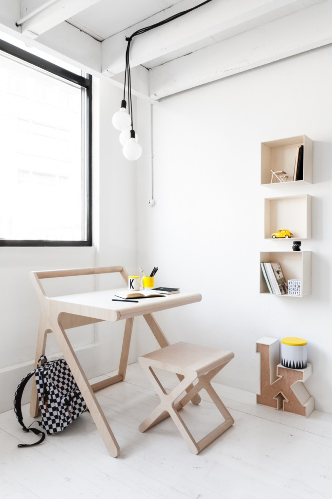 Rafa-kids modern K desk