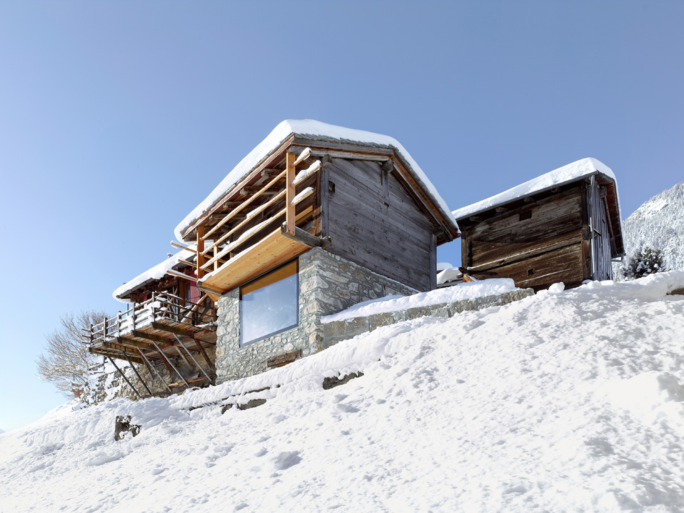 Where Rustic Meets Modern U2013 Holiday House In Alps